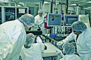 अब्जांश तंत्रज्ञान : उच्च शिक्षण, कौशल्य विकास, रोजगार संधी (Nanotechnology : Employment Opportunities)