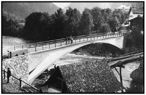पूल बांधकाम सामग्रीतील प्रगती (Progress in bridge construction materials)
