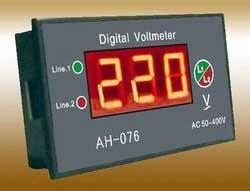 अंकीय व्होल्टमीटर (Digital Voltmeter)