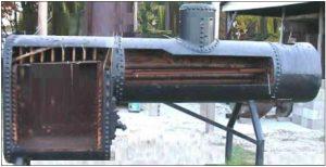 लोहयंत्र बाष्पित्र (Locomotive Boiler)