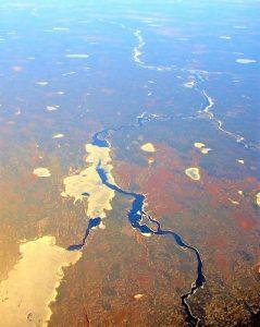 ऑल्बनी नदी (Albany River)