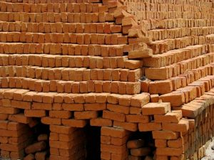 बांधकामाची पारंपरिक सामग्री ( Traditional Material of Construction)