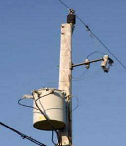 एकल तार भूप्रत्यागमन वितरण पद्धती (Single Wire Earth Return Distribution System - SWER)