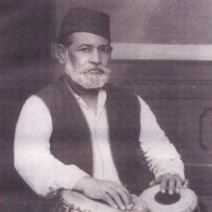 अमीर हुसेनखाँ (Ameer Hussainkhan)