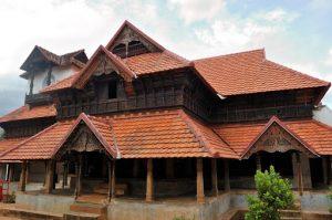 Read more about the article पद्मनाभपूरम् राजवाडा (Padmanabhapuram Palace)