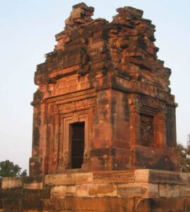 देवळांचा विकास (Development of Temples)