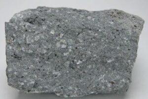 अँडेसाइट (Andesite)