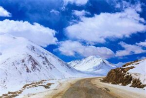 काराकोरम खिंड (Karakoram Pass)