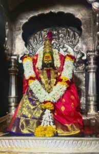 तुळजापूरची तुळजाभवानी (Tuljabhavani of Tuljapur)