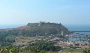 Read more about the article रत्नदुर्ग (भगवती किल्ला) (Ratnadurg) (Bhagavati Fort)