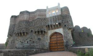 औसा किल्ला (Ausa Fort)