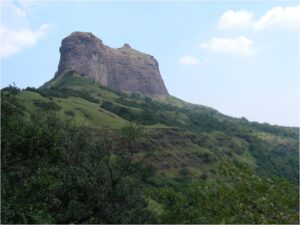 Read more about the article हर्षगड (Harshgad Fort)
