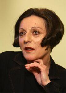 हेर्टा म्यूलर (Herta Mullar)
